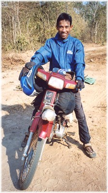 Sokhom - the real moto-driver - not the poser in the other photo!