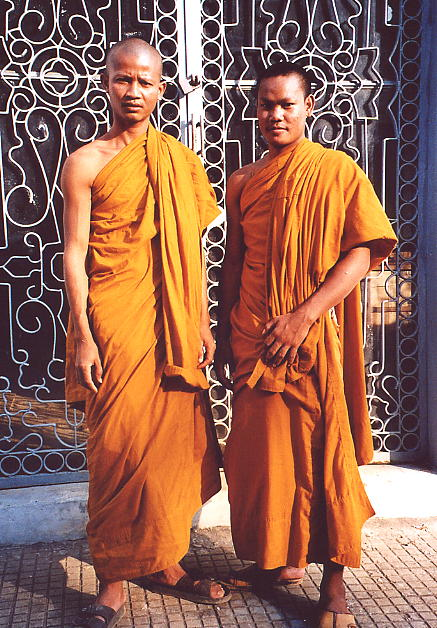 The monk with the key to the Wat Po Veal Museum is Roeury Rien, on the left.