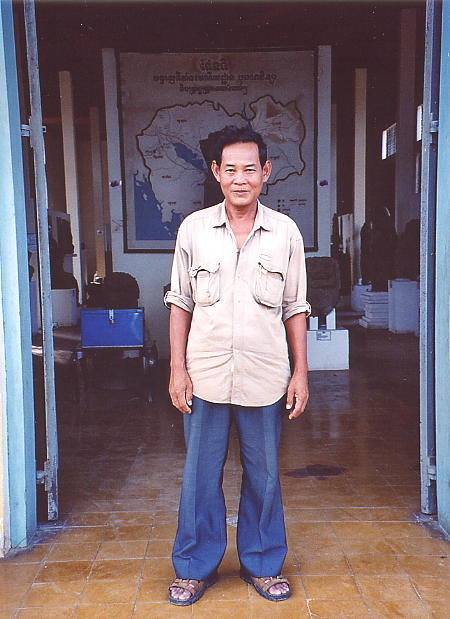 Province Director of Culture & Fine Arts, Tub Tan Leang.