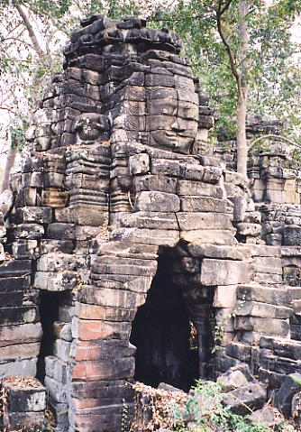 A classic face tower at Banteay Chhmar.