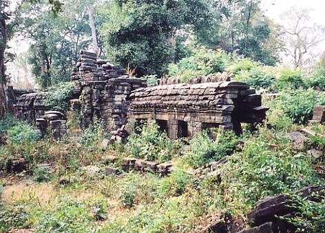 An overgrown gallery at Banteay Chhmar.