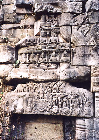 If you look hard enough, there is still a multitude of carving remaining at Banteay Chhmar.