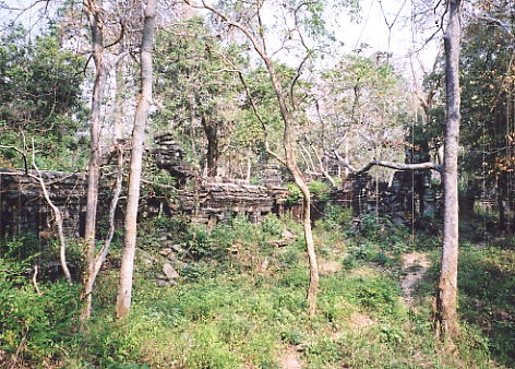 The vegetation at Banteay Chhmar is considerably easier to navigate these days.