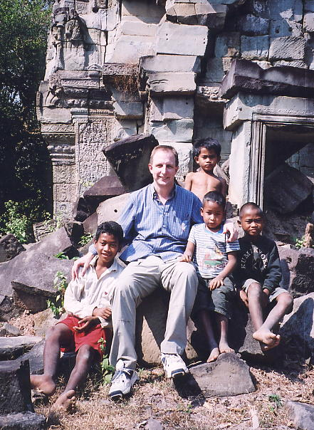 Time for a breather, the author with Ton, Nai, Da and Ka at Banteay Thom.