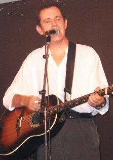 Roy Hill, one half of the occasional Cry No More revival. Photo copyright of Dick Greener.