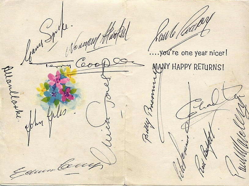 Leeds United autographs from 1970 - click to enlarge.
