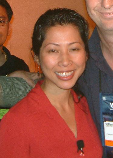 Loung Ung at a convention in June 2004 [photo: Tim Brouwer]