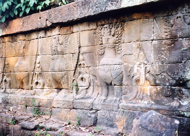 Carvings of hamsas on the processional bridge.