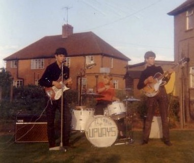 The Upways in the late 60s. LtoR: Toy Hill, Chris Smith and Brian Morris. {click to enlarge photo, courtesy of Brian Morris}