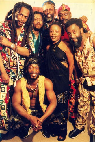 Steel Pulse line up in 2002 - click to enlarge. [photo copyright Cecile Ossieux]