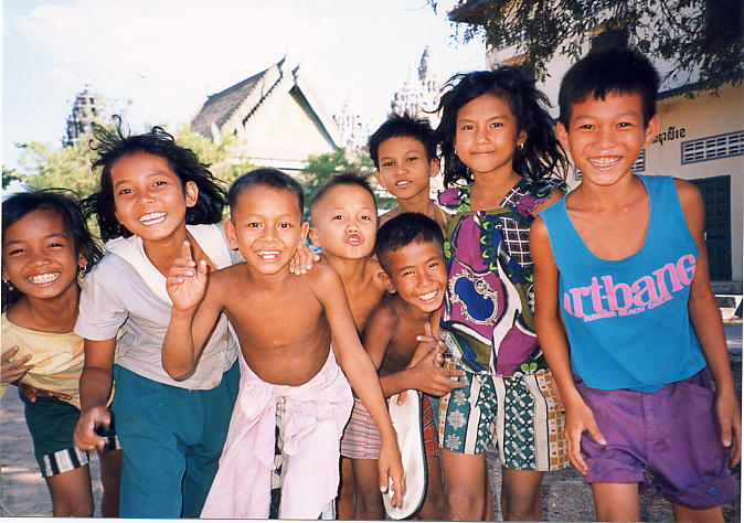 Smiles and happy faces at Wat Stung Meanchey.