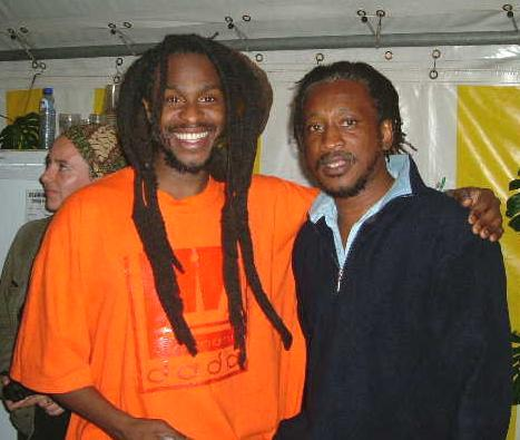 David Hinds & Brinsley Forde backstage at Sunsplash (photo courtesy of Steve Mascarenhas)