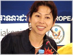 Loung Ung at a public forum in Phnom Penh, January 2007