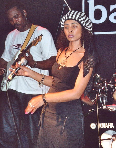 Yaz Alexander on stage at The Barfly, 26 Mar 2006.