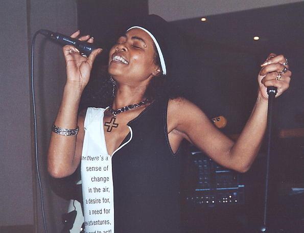 Yaz at the Ipanema Bar, Broad Street, Birmingham, 6th May 2006.